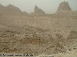 Der Jebel Hafeet im Hajar Gebirge - eine faszinierend lebensfeindliche Umgebung.