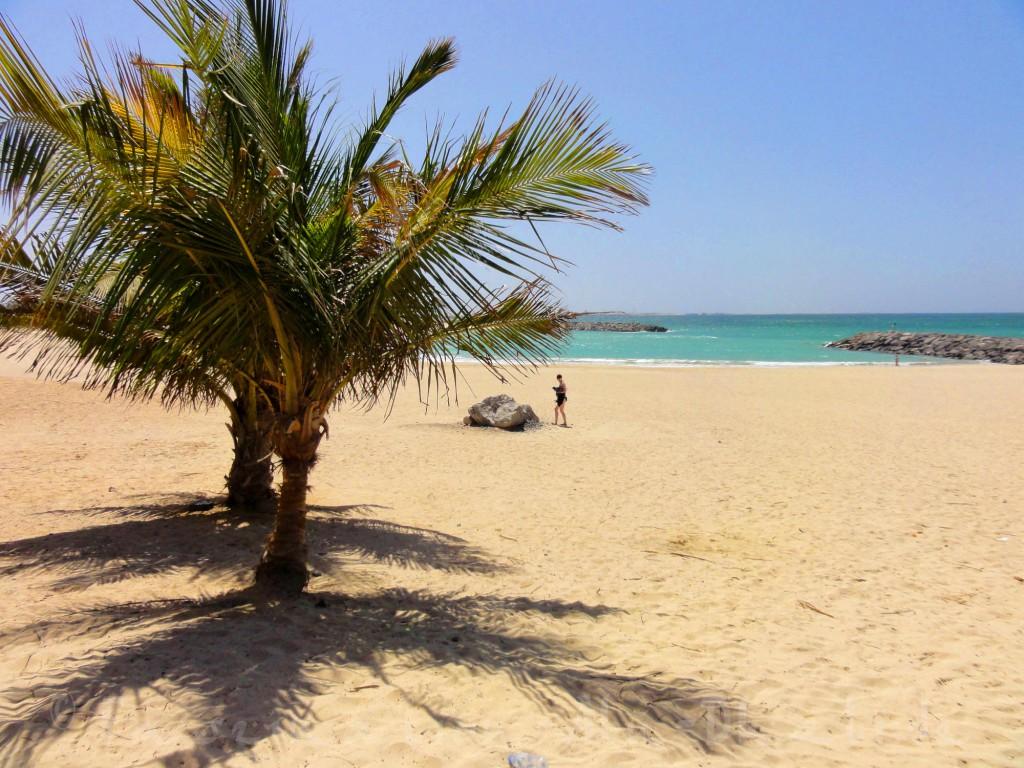 Baden gehen ohne viel Trubel: Das geht am Al Mamzar Beach in Dubai
