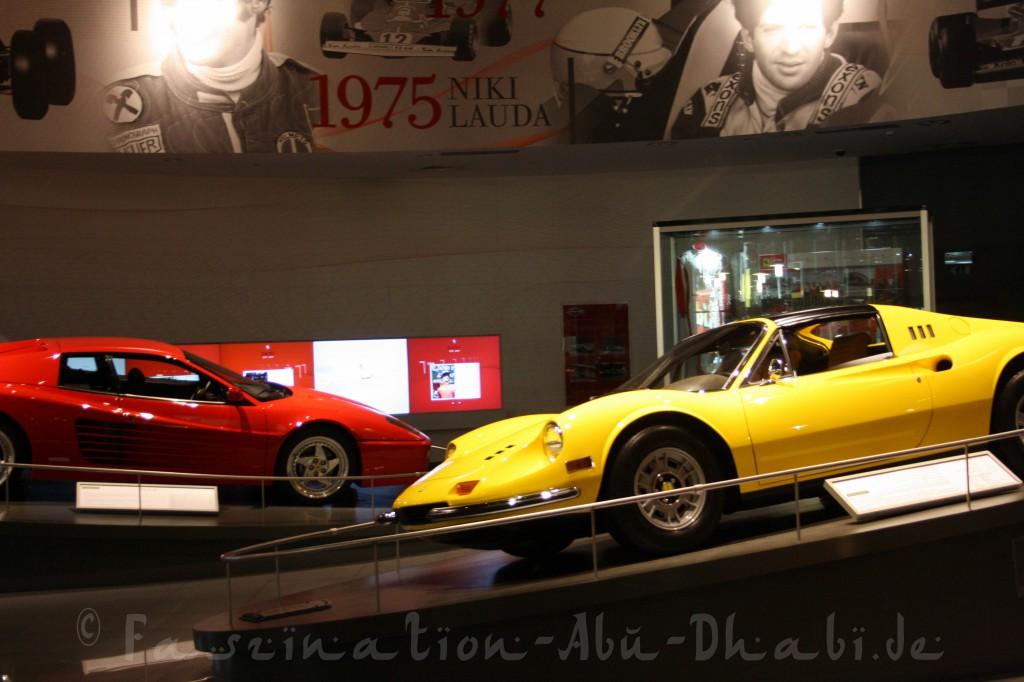 In den Ausstellungsräumen der Ferrari World befindet sich eine beeindruckende Ferrari-Sammlung